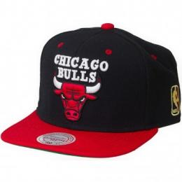 Mitchell & Ness Snapback Cap BB Special Chicago Bulls schwarz/rot